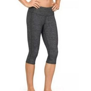 Athleta Odyssey Chaturanga Capri Leggings